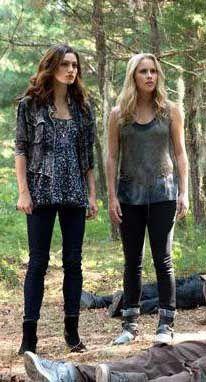 Hayley et Rebekah - © CW