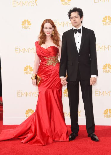 Red is Red pour Christina Hendricks avec Monsieur - © Getty
