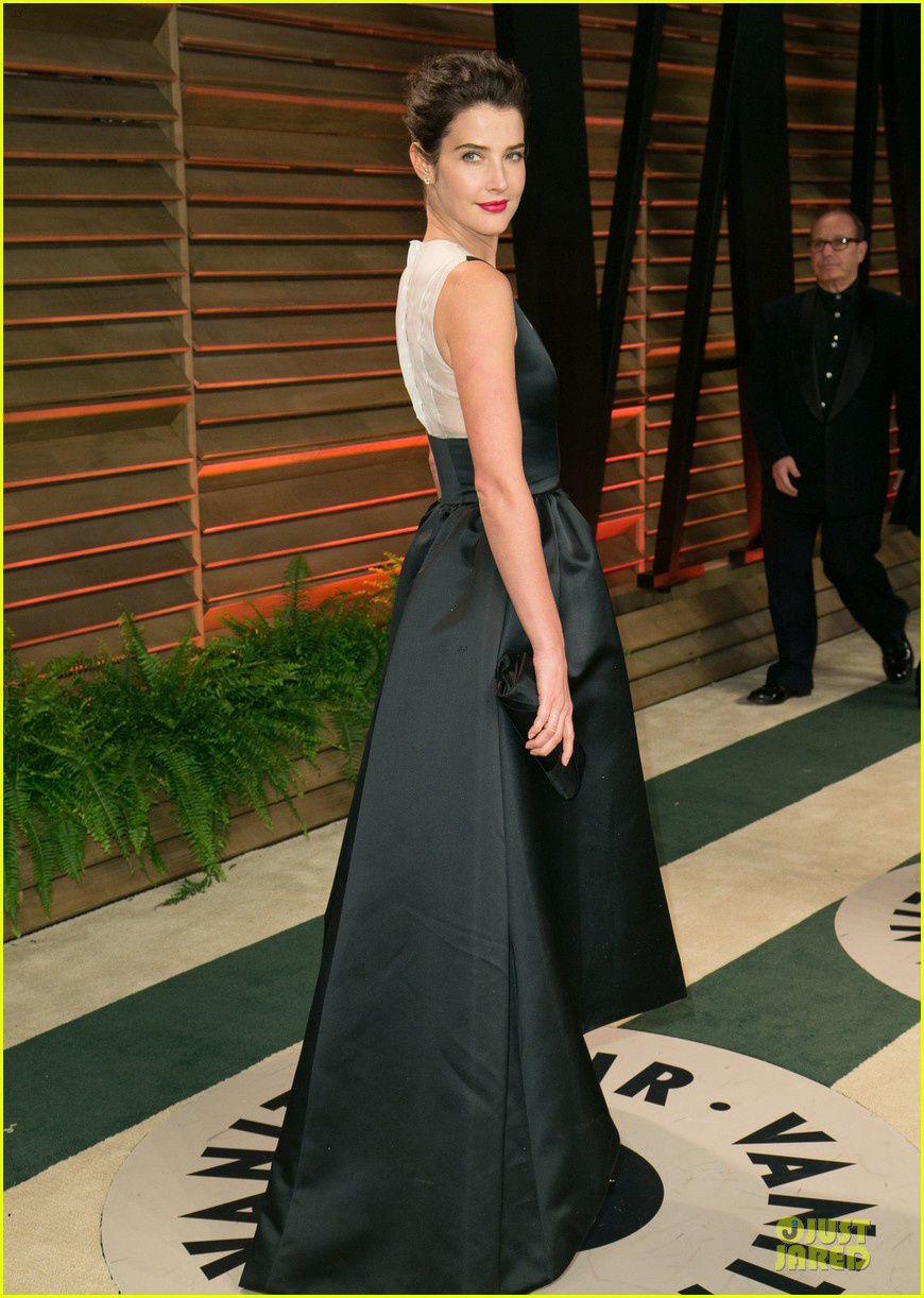 Cobie Smulders - © Just Jared/Getty