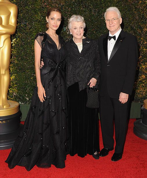 Les héros de la soirée, Angelina Jolie, Angela Lansbury et Steve Martin - © Jon Kopaloff/Getty Images