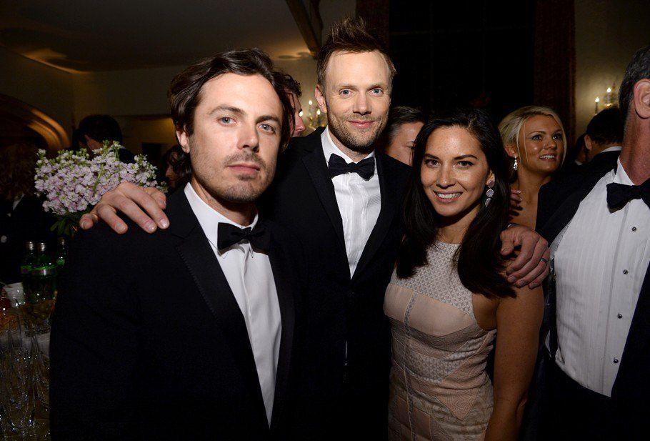 Casey Affleck, Joel McHale et Olivia Munn - © Dimitrios Kambouris/Getty Images