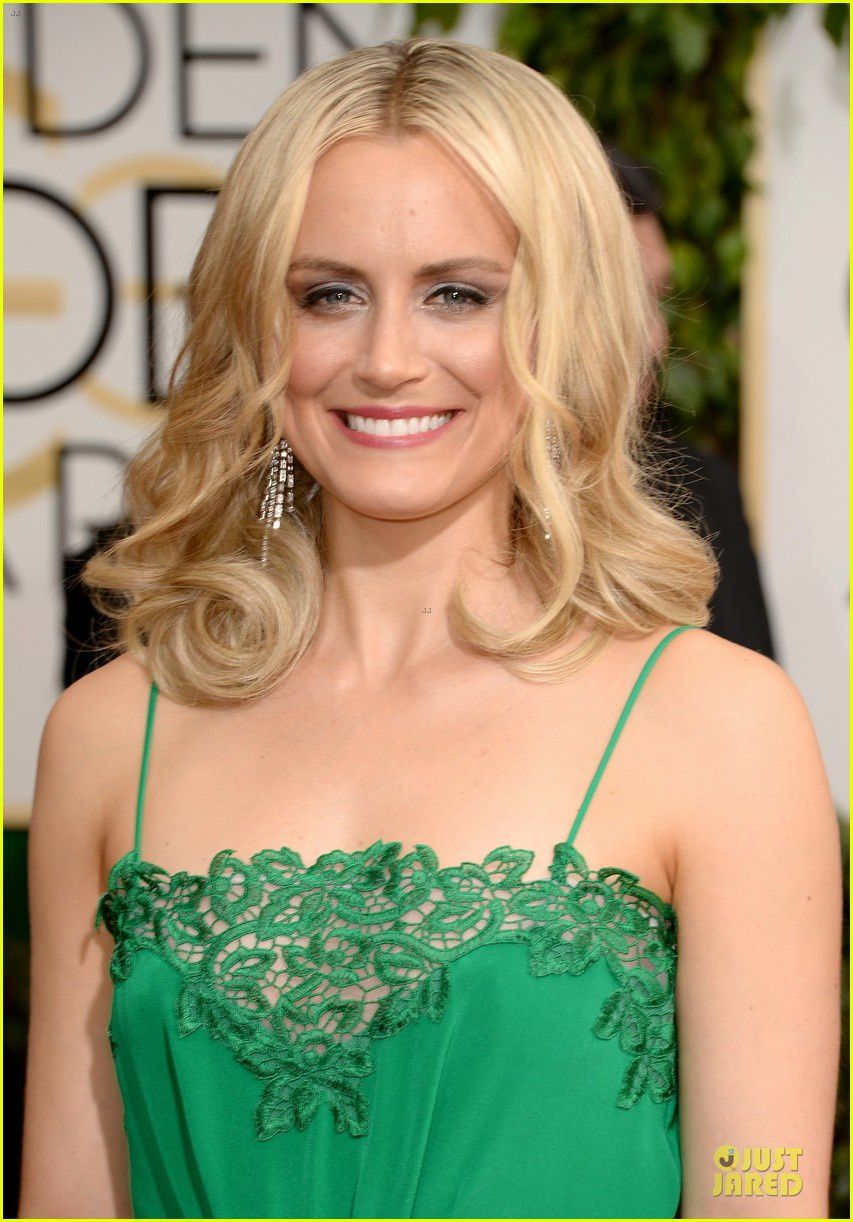 Taylor Schilling ose le vert - © Getty/Just Jared