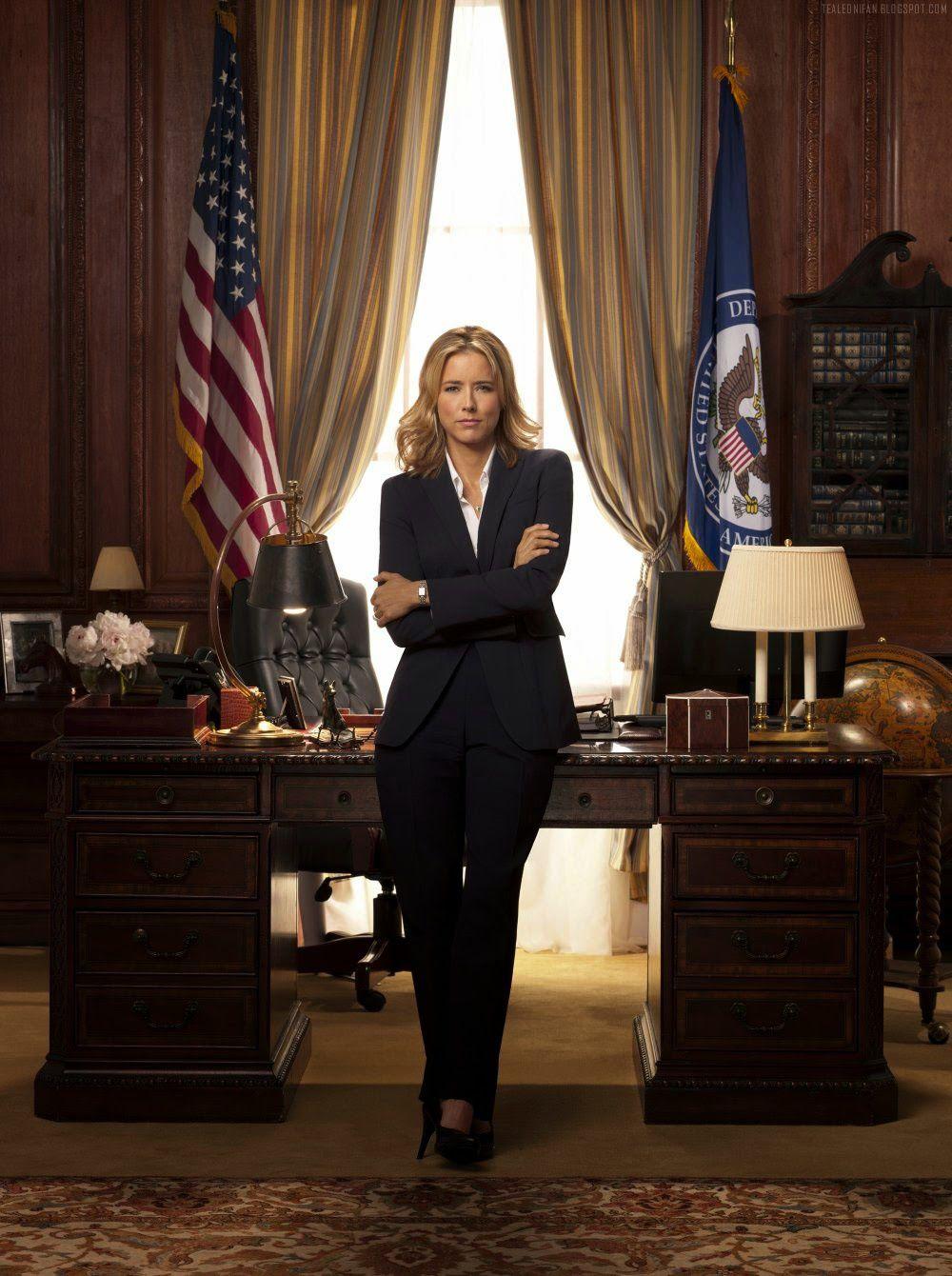 Madam Secretary her self ! - © CBS