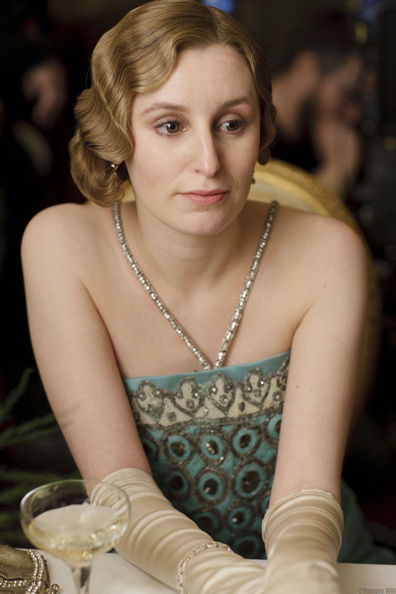 Les années 20 réussissent fort bien à Edith Crawley (Downton Abbey) - © ITV1