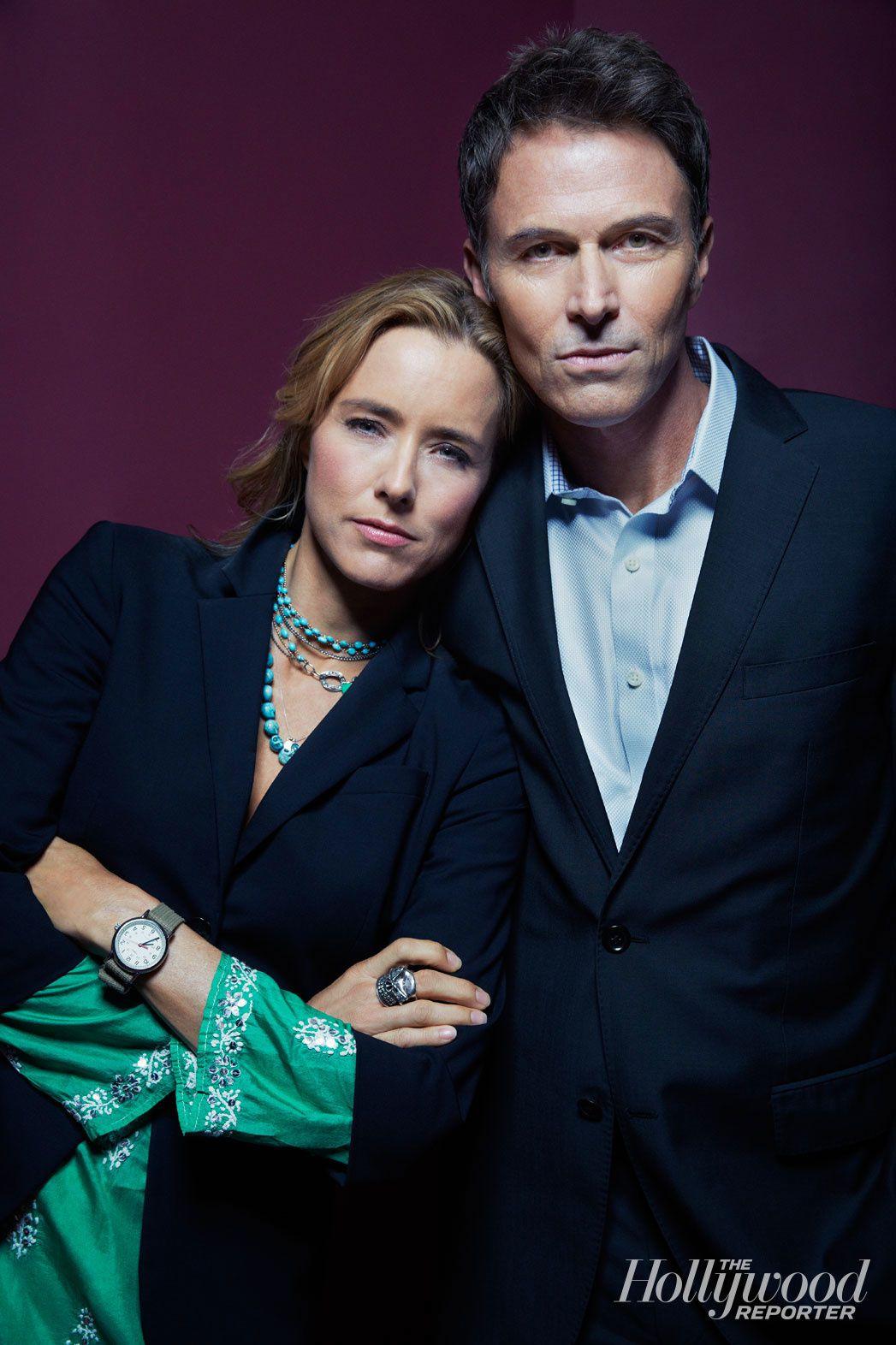 """Tea Leoni alias """"Madam Secretary"""" et son époux à l'écran, Tim Daly  - © THR"""