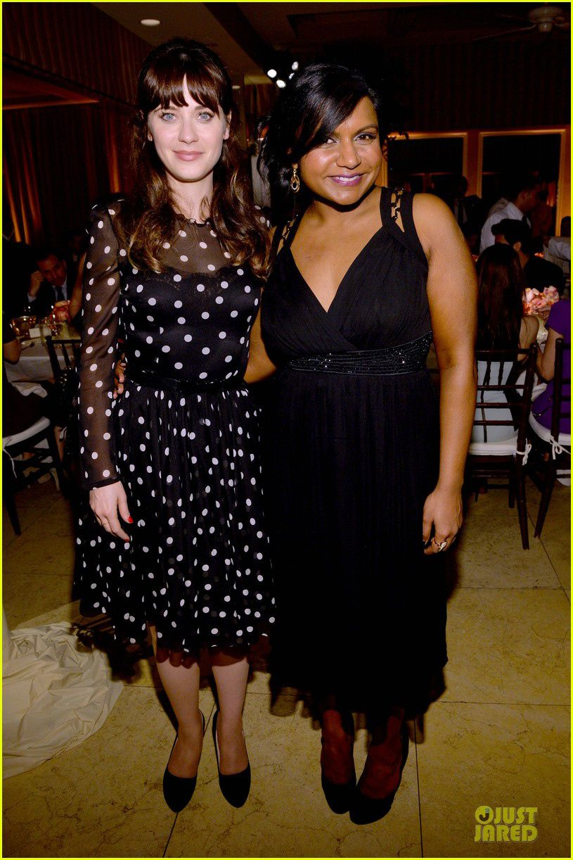 Zooey Deschanel et Mindy Kaling, reines de la fête - © Getty/Just Jared