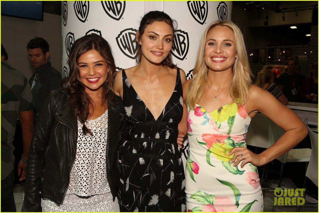 Danielle Campbell, Phoebe Tonkin et Leah Pipes venues défendre The Originals - © Getty